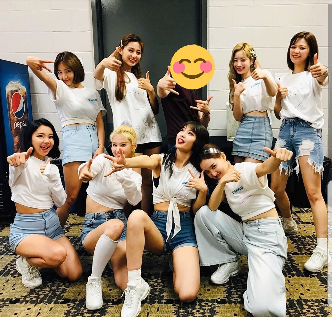 TWICE backstage at the Newark concert  It seems like they also may have had an interview with Billboard yesterday  https://www. instagram.com/p/B0Oa6gBA1II/ ?igshid=spkvmifivj92   …  #TWICELIGHTSinNEWARK <br>http://pic.twitter.com/7zayn2lrDa