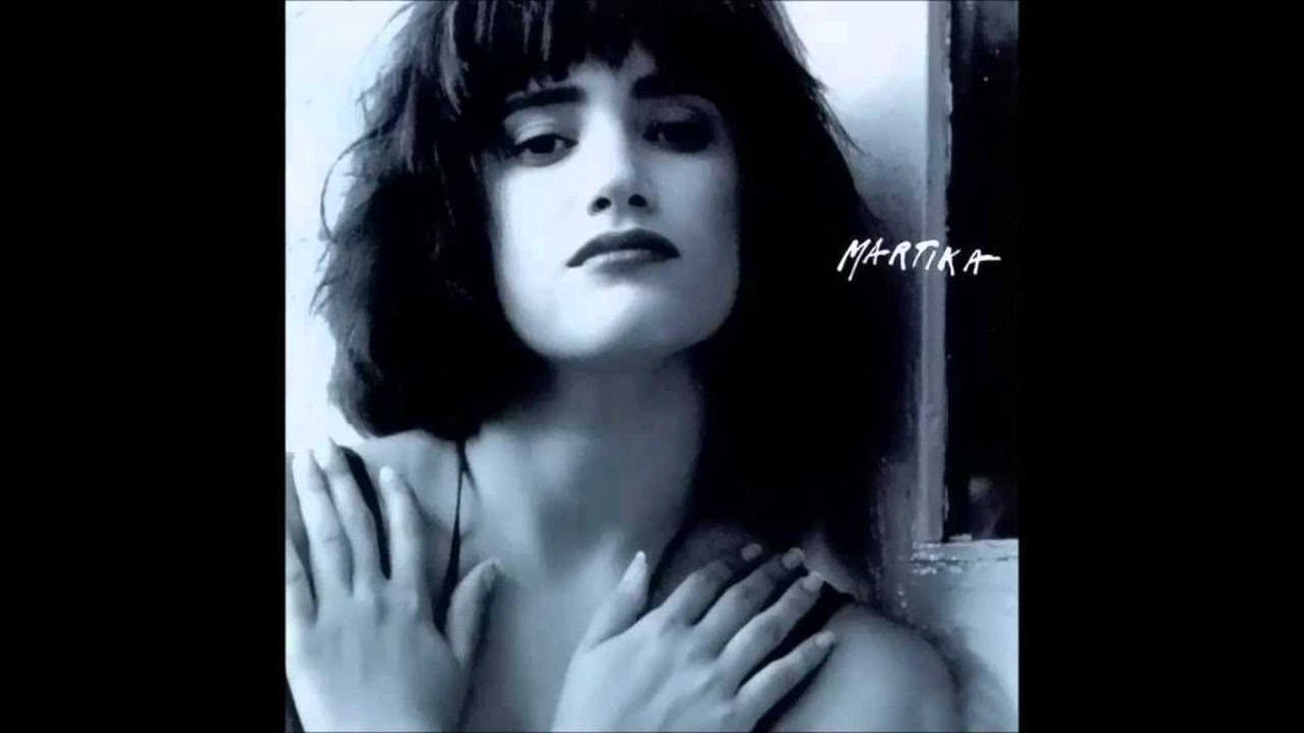"""Toy Soldiers"" by @MartikaTunes was the #1 song on the Billboard charts today in 1989. The single was the second to be released from her 1988 eponymous debut album. #80s #80smusic<br>http://pic.twitter.com/bvAldtUoqM"