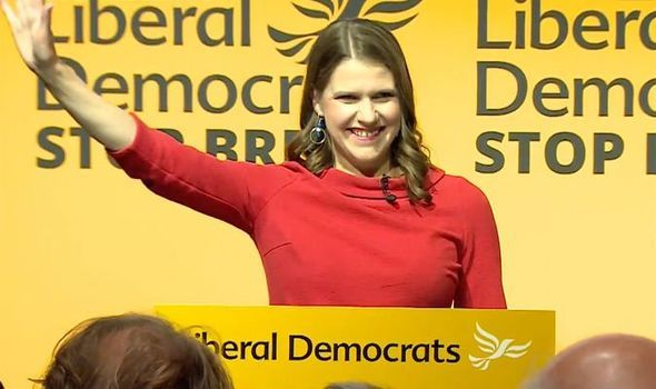 Jo Swinson elected new Lib Dem leader with vow to thwart Brexit and keep UK shackled to EU  https:// ift.tt/2GovvQm    <br>http://pic.twitter.com/4vM3zjnzLe