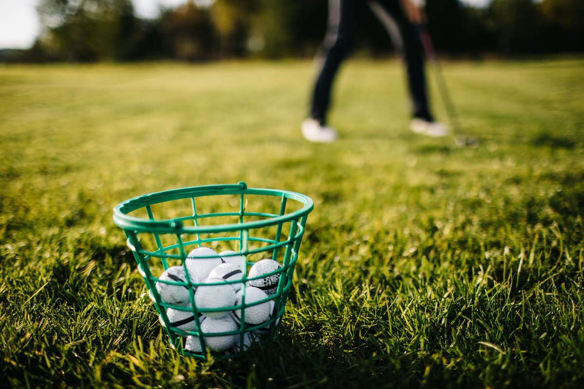 Golf. Office. Repeat. Hello Workweek.  #golf #office #practice #workweek #players #arcisgolf