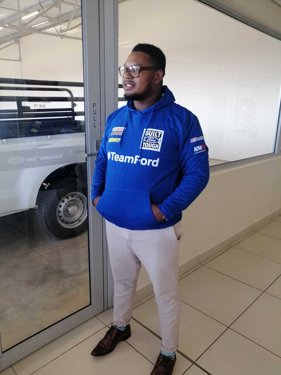 Hey guys.. Wanna make a Quick buck? I work for Ford Malelane and I sell New and Used Vehicles.. #WeDeliverNationwide  If you know of someone looking for a vehicle, refer them to me and I'll compensate you.... For R1000 going to R5000 076 598 3430 - whatsapp me or DM <br>http://pic.twitter.com/ilXqbYEc3e