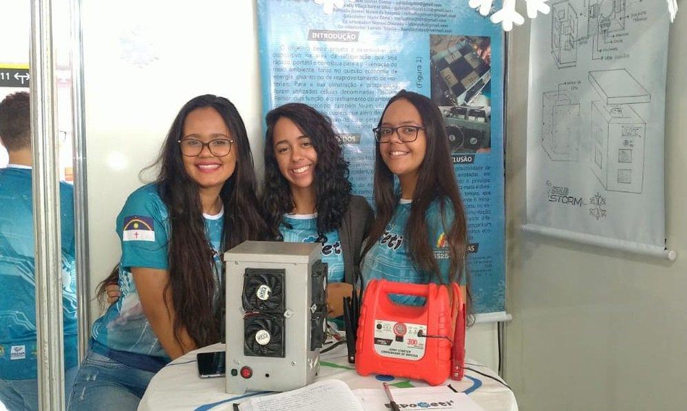 Estudantes do DF criam 'micro-ondas ao contrário' capaz de gelar bebidas em até um minuto http://glo.bo/2y1r3T1 #G1