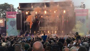 Two 15-year-old boys are arrested after being found with baseball bats at Sheffields Tramlines music festival: bbc.in/2YcCoKQ