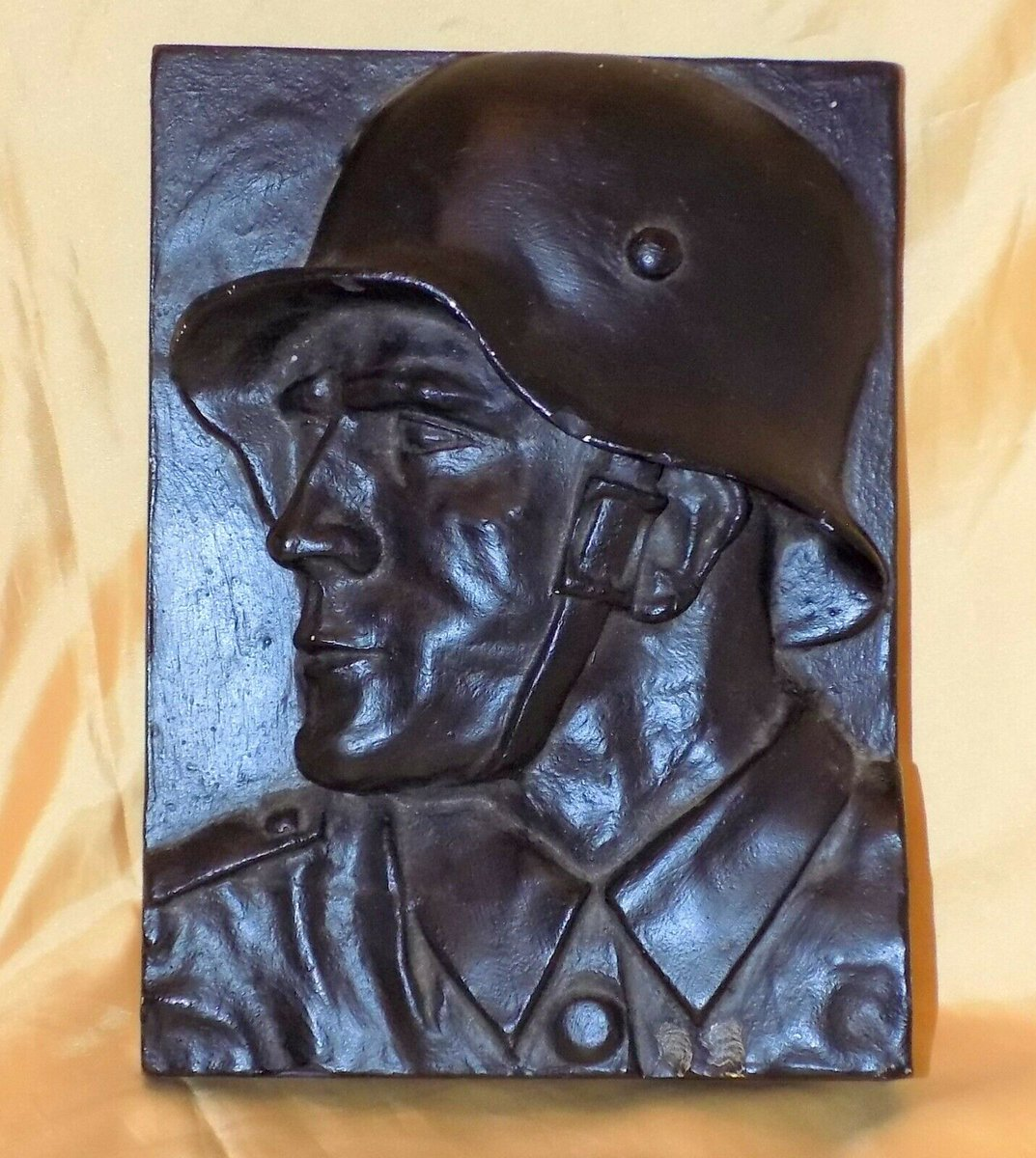 #Antiques #Militaria #Collectables #Jewellery #Auction - #Vintage WWII Unusual 2D Heavy Cast Bust Wall Hanging Typical German Soldier 1940s https://www.ebay.co.uk/itm/123845738027…