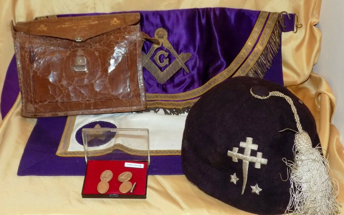 #Antiques #Militaria #Collectables #Jewellery #Auction - #Vintage Collection Masonic Regalia Apron Cap Pouch 9ct Gold on Silver Cufflinks https://www.ebay.co.uk/itm/123845910151…