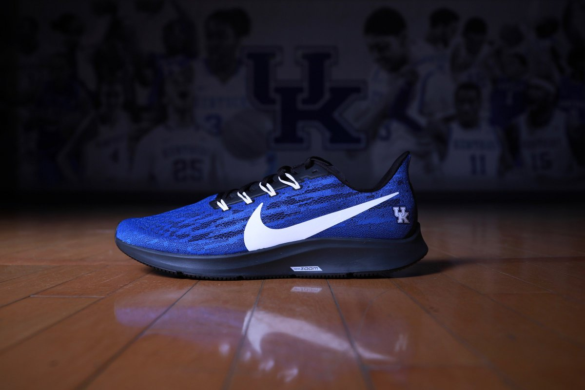 Dropping  on a Monday. The new @Nike Air Zoom Pegasus 36 is now available. Act now for free 2-day shipping. #WeAreUK      http:// bit.ly/kentuckygoallin     <br>http://pic.twitter.com/9BVb6UYgrI