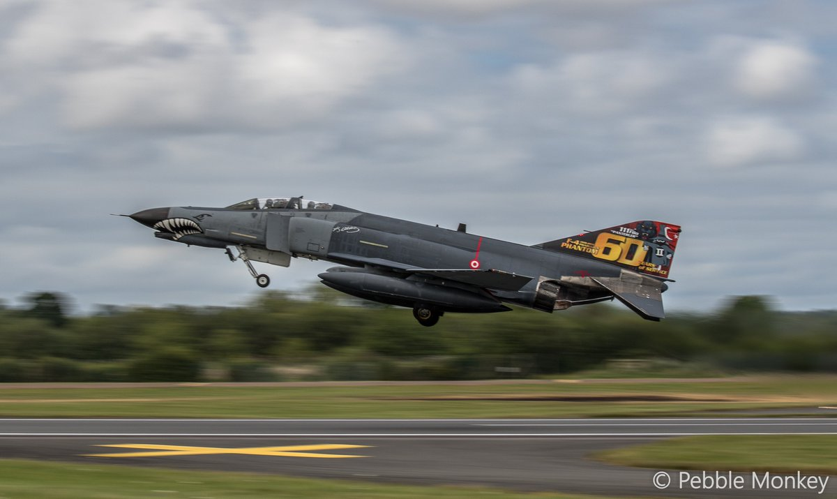 F16 - Twitter Search
