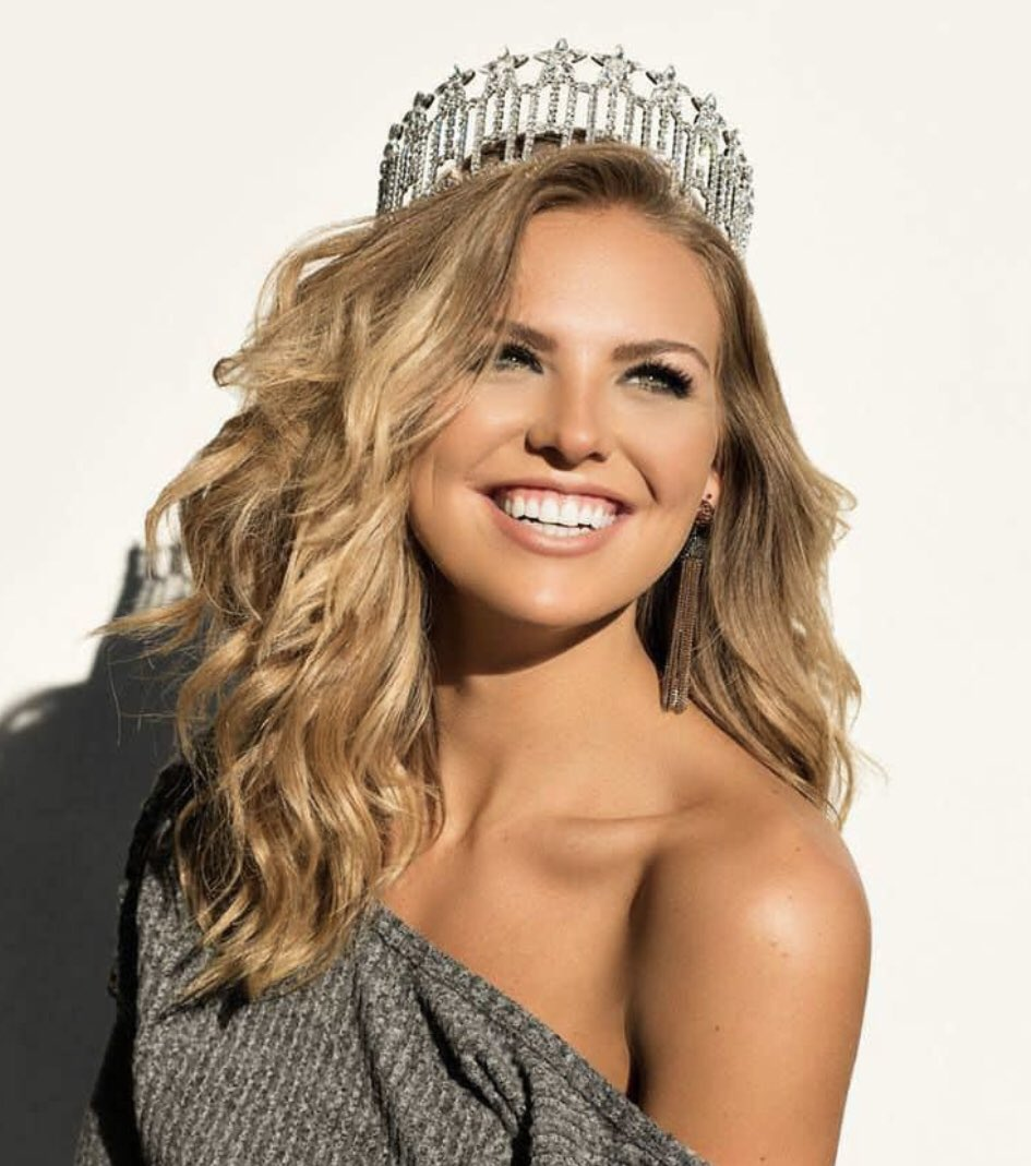 Hannah Brown is a QUEEN.  #TheBachelorette <br>http://pic.twitter.com/nKHhO9e1VF