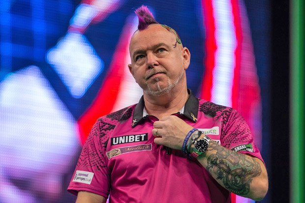 Daryl Gurney and Peter Wright progress in the #WorldMatchplayDarts - check out all the scores from Day Three dailystar.co.uk/sport/darts/79…