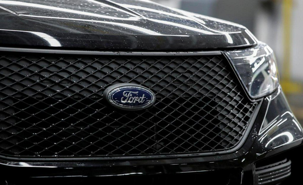 Ford to upgrade Chicago plant for SUVs, hire 450 workers https://www.reuters.com/article/us-autos-ford-motor-plant-idUSKCN1UH2GM?utm_campaign=trueAnthem%3A+Trending+Content&utm_content=5d364cf3eb25fa0001beb4a0&utm_medium=trueAnthem&utm_source=twitter …