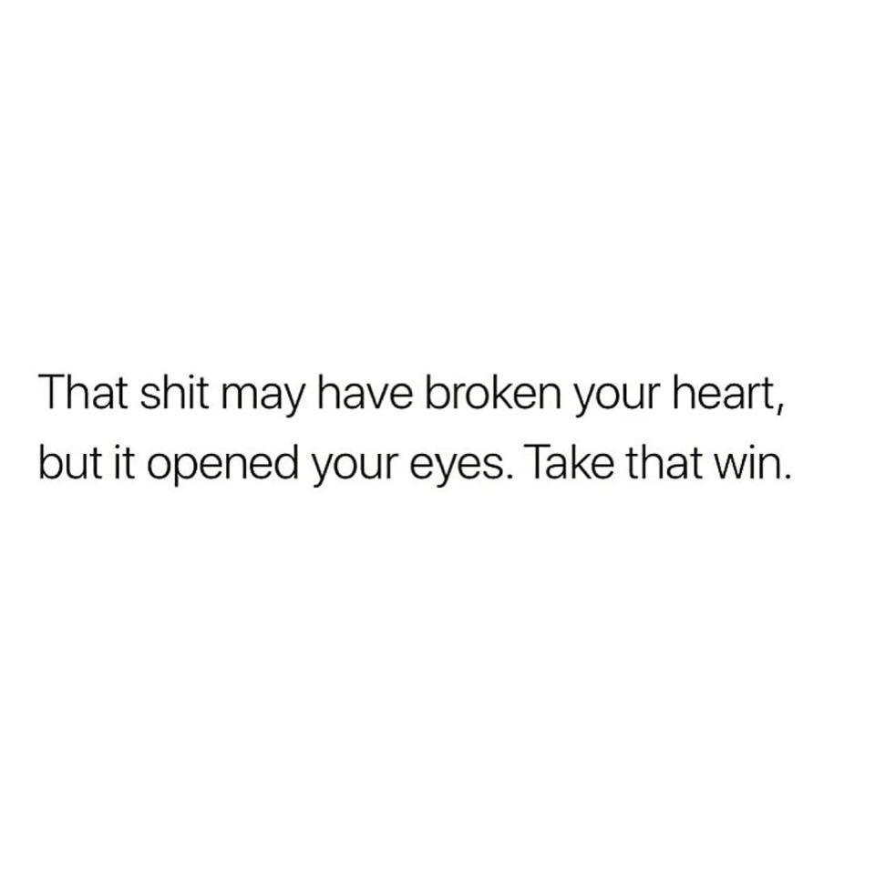 Every experience offers a lesson, make sure you look for it 📑 #quote #quotes #quotesdaily #blog #quotestoliveby #quoteoftheday #lifelessons #love #heartbroken #heartache #heartbrokenquotes #strength #strengthwithin #strengthquotes #lookforthelesson #dysfunctionalsf https://t.co/bWlz5qnHy1