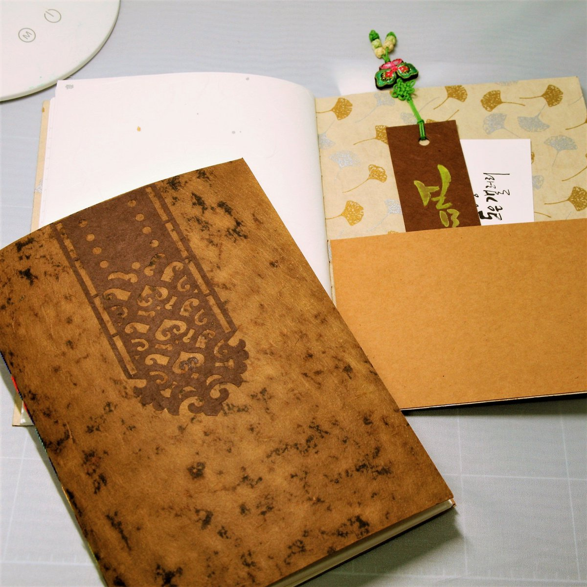 Excited to share the latest addition to my #etsy shop: Hanji notebook(Vintage version), traditional Korean paper handmade from 'paper mulberry tree' https://etsy.me/2Sx9eVa #booksandzines #journal #white #red #hanji #paper #korea #koreanstyle #traditional