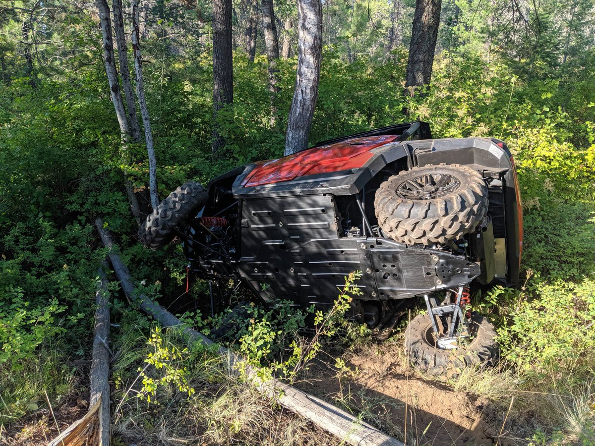 Well with less than 24 hours before we leave for @triggrcon we still made time to christen the @PolarisORV general #itwillbuffout #oops #thisiswhywecanthavenicethings   #funinthewoods #polarisgeneral #pewpewlife #pro2a #godandguns #keeponrolling #nothingbroken #murcia #sendit
