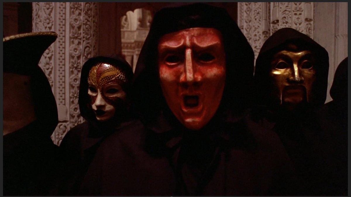 Pretty wild that Kubrick put a trump mask in Eyes Wide Shut