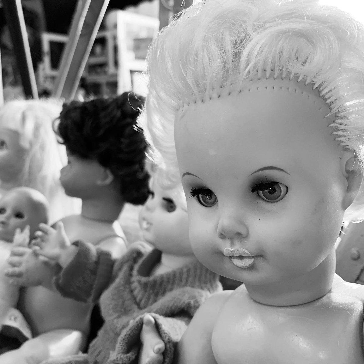 ベルリンからの荷をご紹介〜🇩🇪ドールズたーくさん🙂❣️🙃詳細はお気軽にお問い合わせください。通販も承ります◉#diegokobe #diego #ディエゴ #diegowarehouse  #兵庫 #神戸 #東灘 #doll #toy #人形 #baby