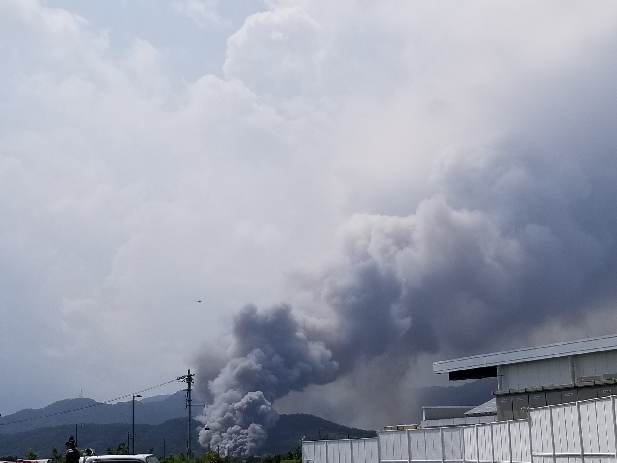 浜松市北区都田町で火事が起きている現場の画像