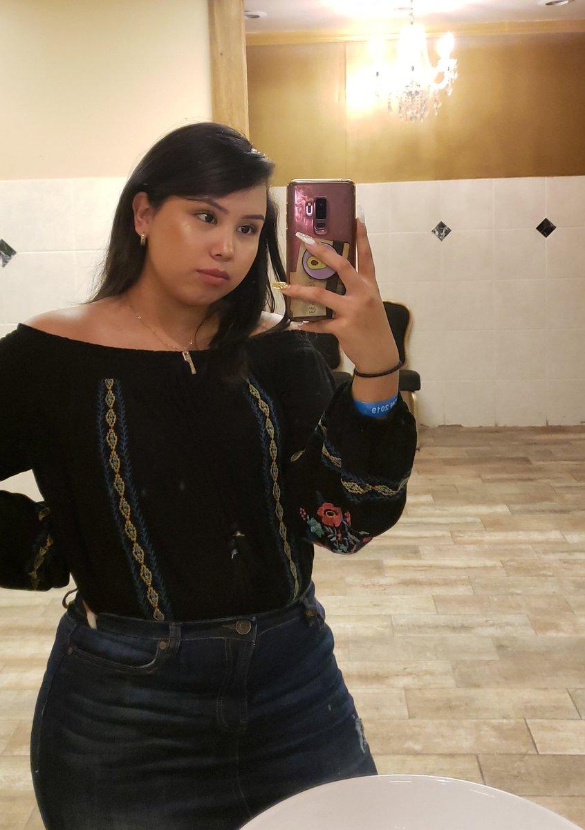 Juana Segura   - Houston, TX  - Tamu'23 - Biomed Major - First Gen  - Latina  - I'm like super friendly so dont be afraid to talk to me if you ever see me  #WhosWhoAtTAMU<br>http://pic.twitter.com/iobjXN8gJh