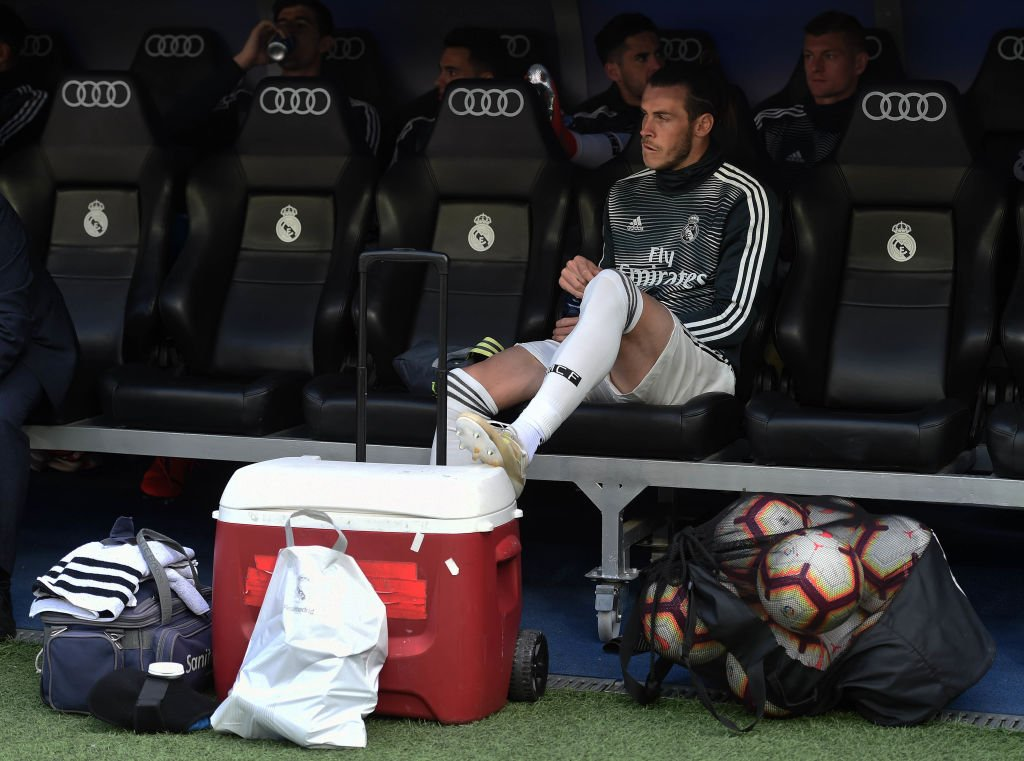Does Gareth Bale deserve more respect than he seems to be getting at Real Madrid? We take a look at how his six years in Madrid have gone. ➡ bbc.in/2ObKvHI