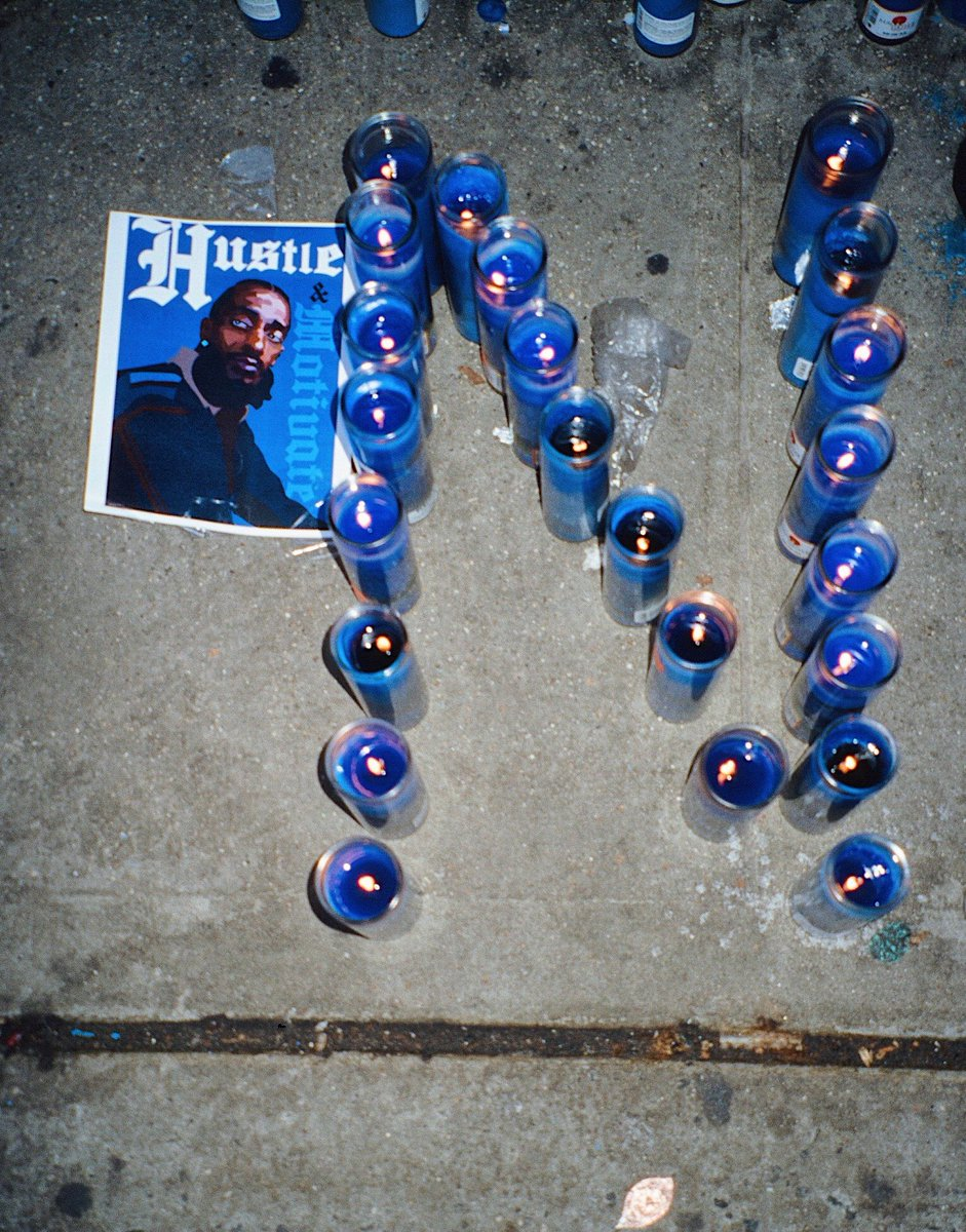 #35mm point and shoot in nyc a few months back — #NipseyHussle #taxday #BlockBoyzBikeLife<br>http://pic.twitter.com/hoi2UdJrlt