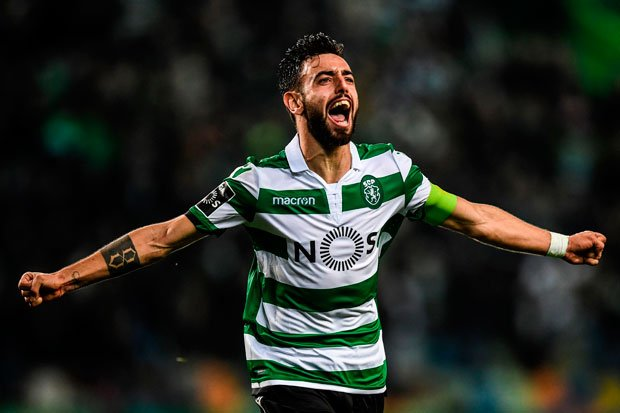 Bruno Fernandes could make himself a Man Utd hero before hes even kicked a ball for them - find out how 👇🏼#MUFC #LFC dailystar.co.uk/sport/football…