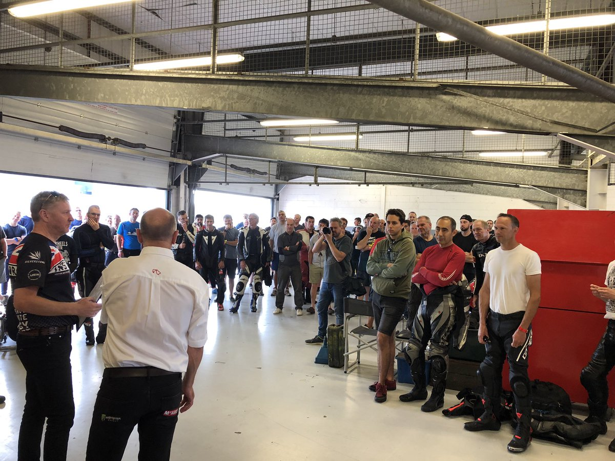 It's briefing time for our first motorcycle trackday since the whole of the Silverstone GP circuit was resurfaced earlier this year. Lots of excited customers who have some amazing weather to ride in. Book your Silverstone trackday here https://www.silverstone.co.uk/track-days/bike-track-days/ …