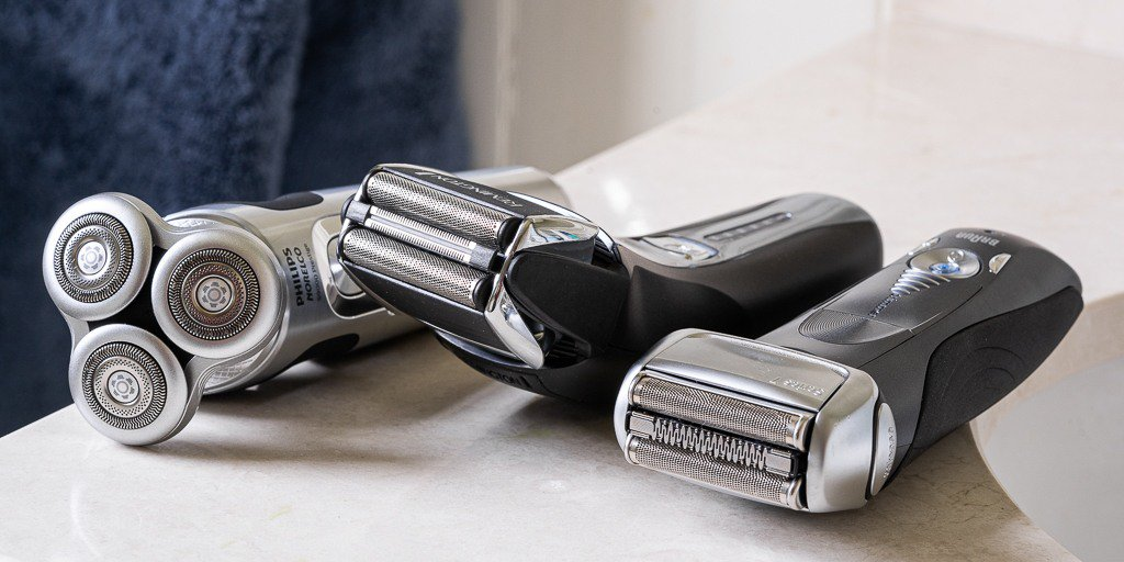 https://upshavers.com/best-electric-razors/… Here are the best electric razors on the market, ranked by their costs, brands and how much safety you get. I try our best to help you narrow down options #shave #shaver #wetshave #razor #safetyrazor #straightrazor #electricshaver #shaving  #menshave pic.twitter.com/YNvxkeYvJc