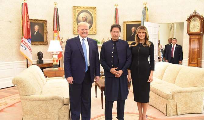 #Pakistan Prime Minister #ImranKhan met with #US President #DonaldTrump at the White House on Monday for the first summit-level engagement between the two leaders since both assumed their respective offices    #IKmeetsTrump https://bit.ly/2y5LRZy
