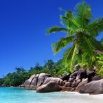 Image for the Tweet beginning: Escape to the Seychelles🏖️ &