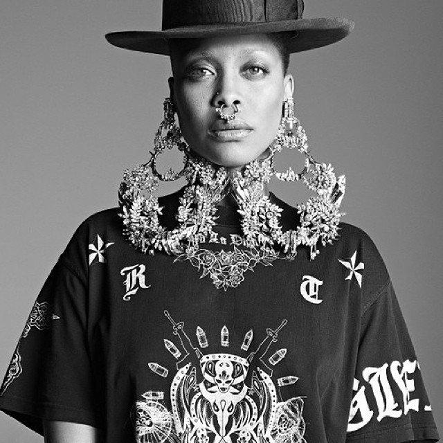 Black #Cosmopolitan Erykah #Badu x #Givenchy... - http://blkcosmo.com/erykah-badu-x-givenchy/… #Albums #ERYKAHBADU #FivePercenters #Musicians #Singers