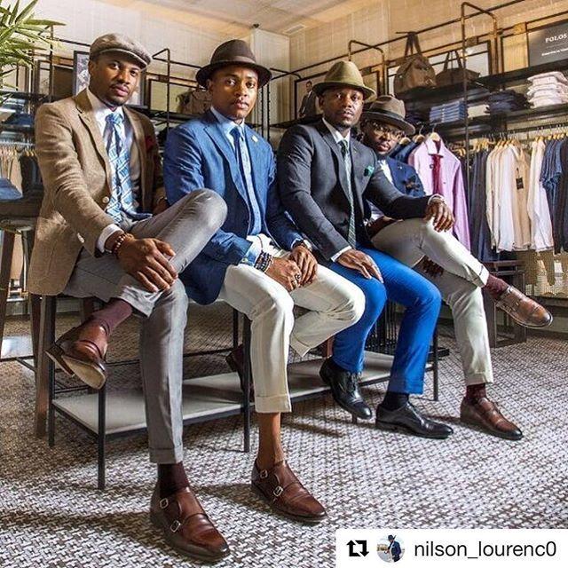 Black #Cosmopolitan @nilson_lourenc0 ・・・ ... #Top10  View this post on Instagram 👍🏾👍🏾👍🏾#Repost @nilson_lourenc0 ・・・ #highfashionblackmen #highfashionmen #hisfashionguide #fashionguide #fashion #gq #menswear #suituplife #mensfashion #menfashionrev… https://ift.tt/2YkxVd8