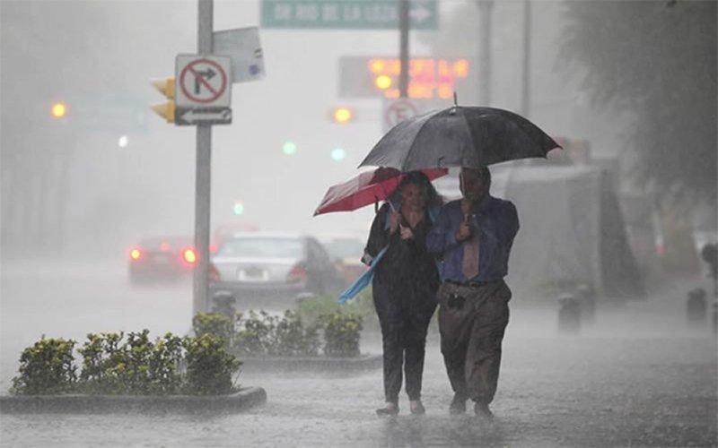 #Clima¡No olvides el paraguas! Prevén lluvias fuertes #ValleDeMéxico registrará este martes cielo nublado por la tarde con probabilidad de lluvias puntuales fuertes en la #CDMX y lluvias fuertes en zonas del #Edomex👉#Texcoco #Puebla #México #Toluca #Huejotzingo #Cholula