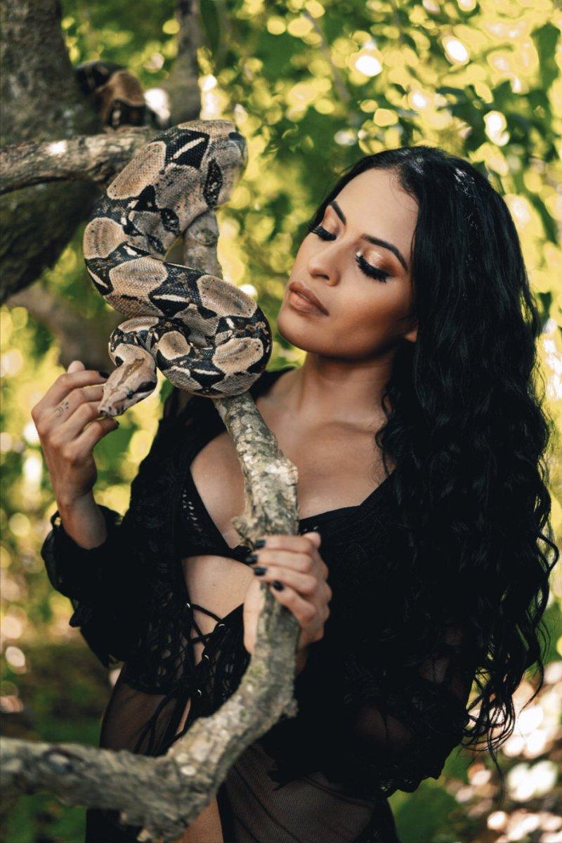 WWE Raw Star Zelina Vega Posts Lingerie Photo With A Snake 1