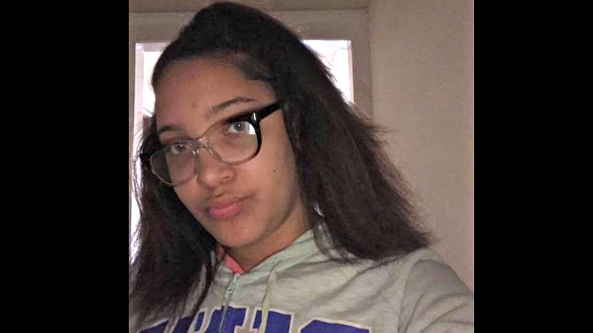 A Chicago teen who is mentally disabled reportedly missing after video of her getting jumped circulates on social media http://bit.ly/2OoK7Wa