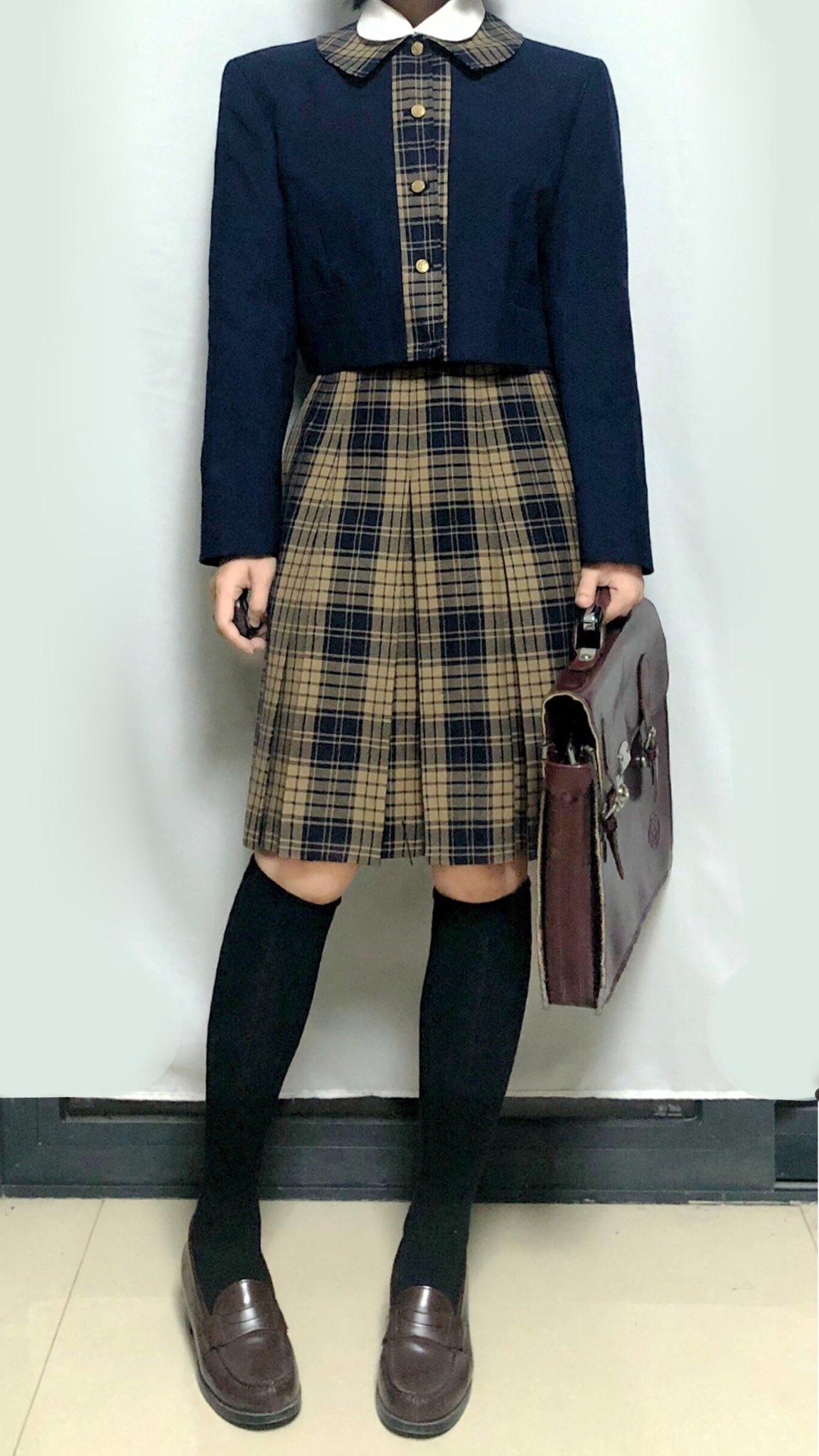 熊本県八代市興国町 秀岳館高等学校<br><br>とても素敵な冬服です😄