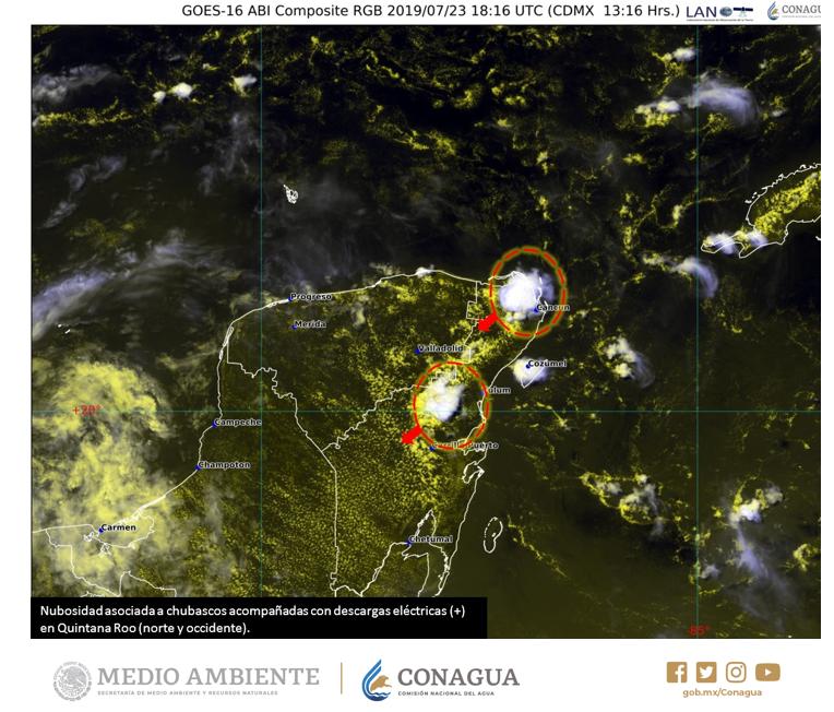#Chubascos con #DescargasEléctricas ⛈️ en el norte y el occidente de #QuintanaRoo esta tarde