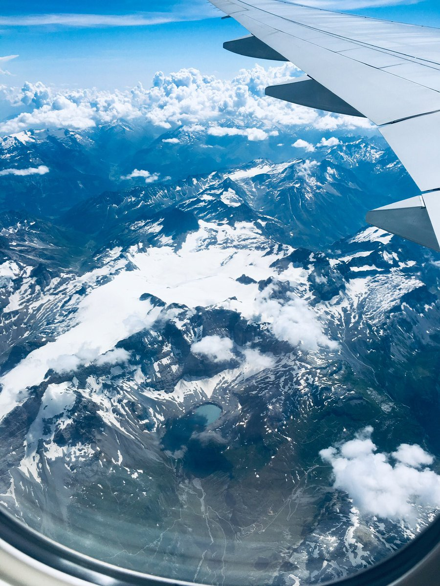@FlySWISS over the Alps today #aviationlovers #aviationphotography #flying #view