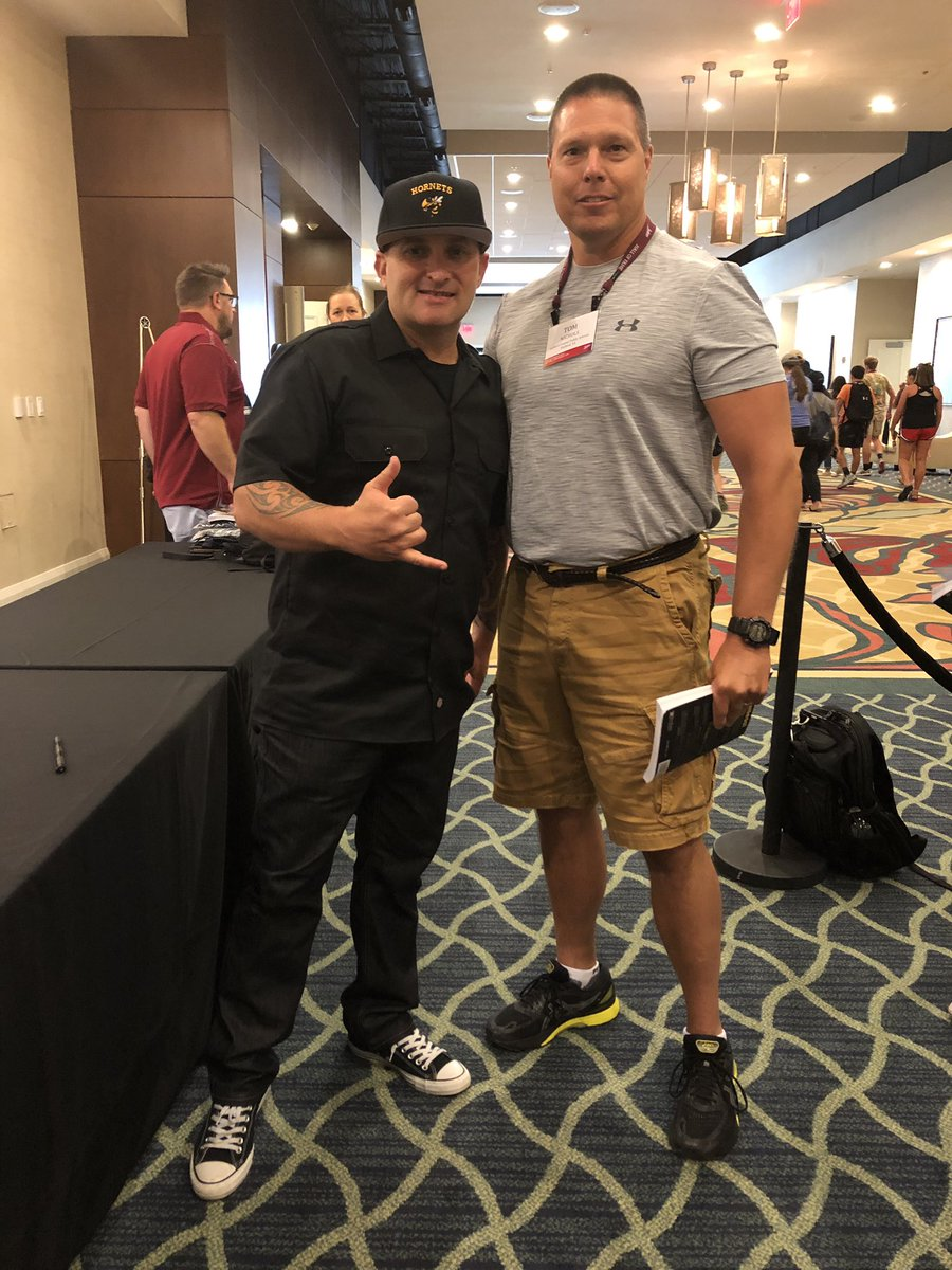 @brewerhm shut #JRNC down and 🔥 up the #RenaissanceNation to go back and #MaketheChange Thank you for the #Powerful message! #Relentless #BoycottAverage