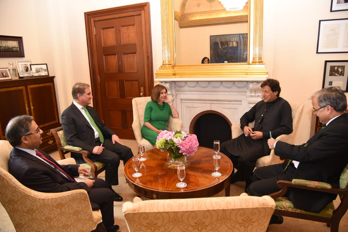 A meeting is underway between Prime Minister Imran Khan and Speaker of the US House of Representatives Nancy Pelosi at Capitol Hill, Washington DC. #PMIKInUSA #PMIKVisitingUS <br>http://pic.twitter.com/zHlMC32GoD