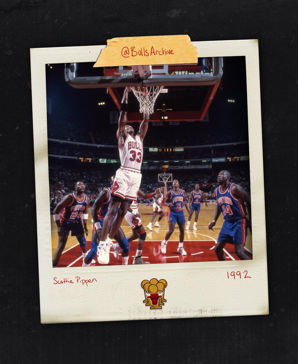 ✈️ What's your favorite @scottiepippen dunk memory? #NBADunkWeek