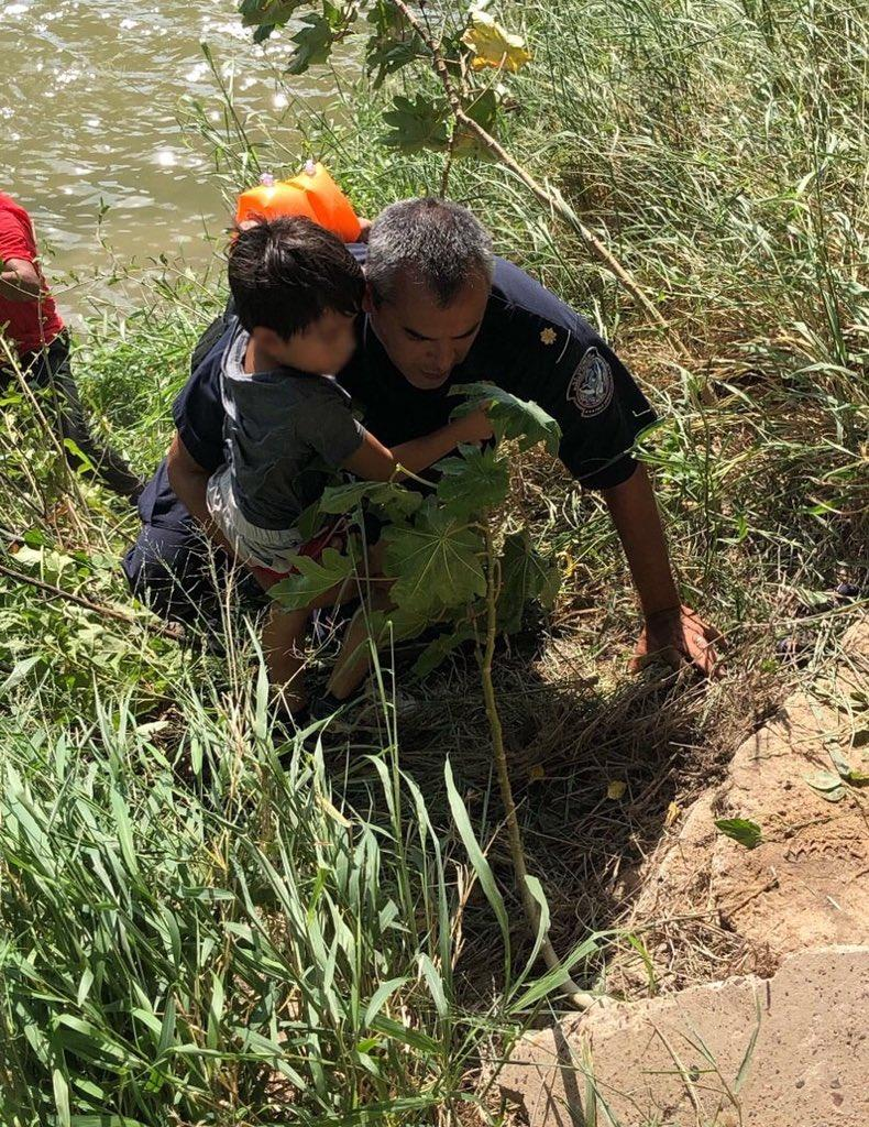 NEW: Border Patrol Agents and CBP Officers Rescue Father and Child from the Rio Grande cbp.gov/newsroom/local…
