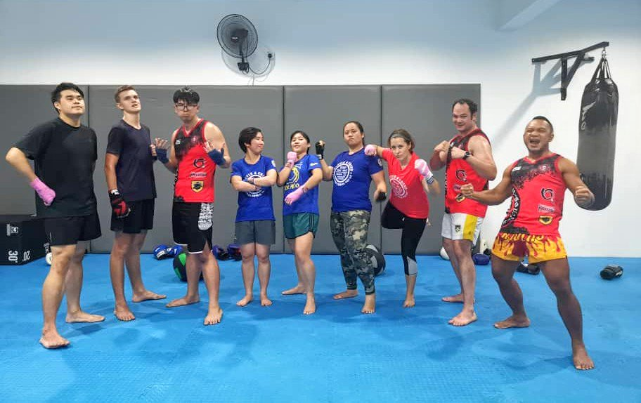 Awesome tuesday night training back to back Muay Thai and Jiu Jitsu classes at @BorneoTribalMMA Metrotown @KKCity!  #JiuJitsu #MuayThai #MartialArts #Fitness #BorneoTribalSquad