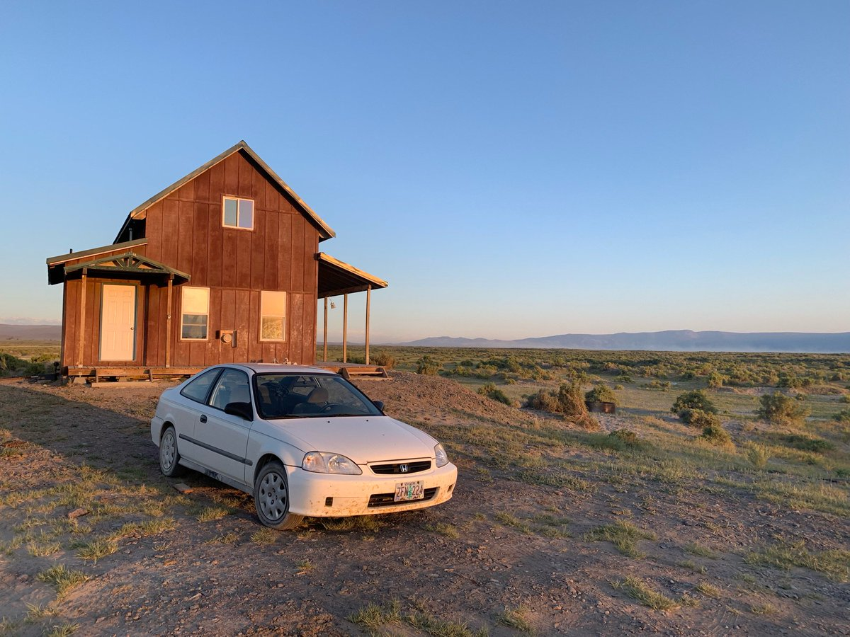 The Little Civic That Could got us to this little cabin in the desert near Summer Lake OR where we are hoping for a coyote serenade. https://t.co/bfHbYbSvEP