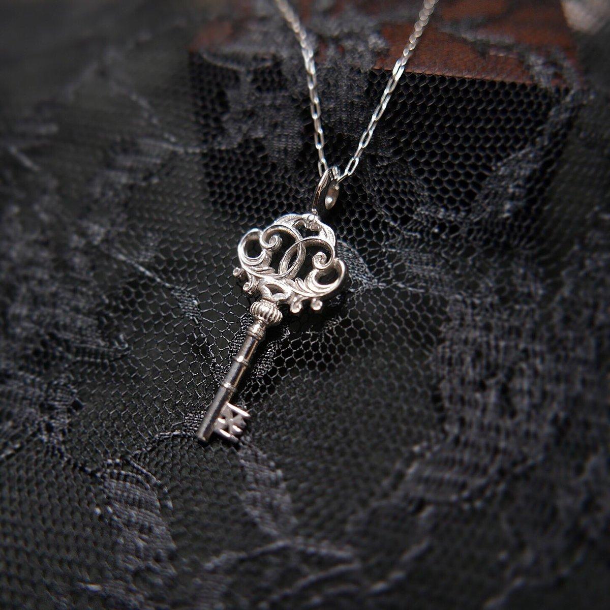 ILIOSTjewelry photo