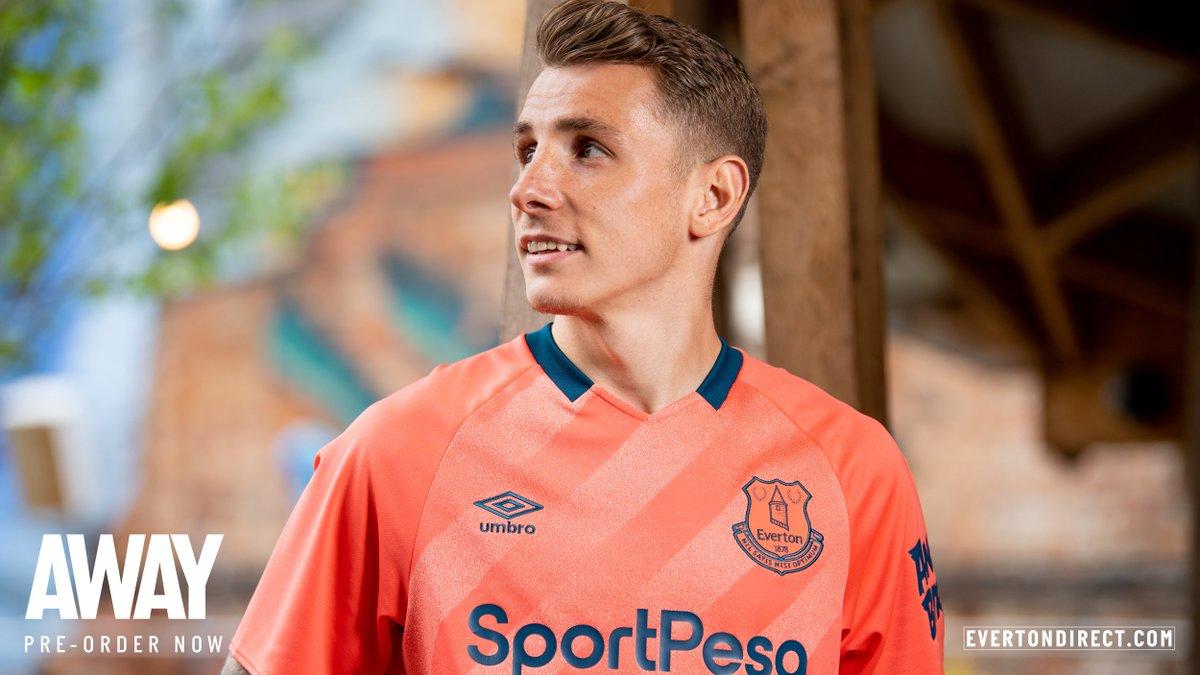 huge discount f6af9 2849f 📸 Everton release interesting salmon pink away kit ...
