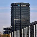 Image for the Tweet beginning: CaixaBank organizó un debate sobre