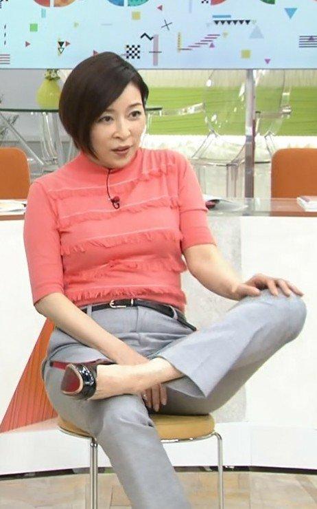 美脚 真矢みき 真矢みき:超ミニスカートで美脚披露 「思い切って出しました」