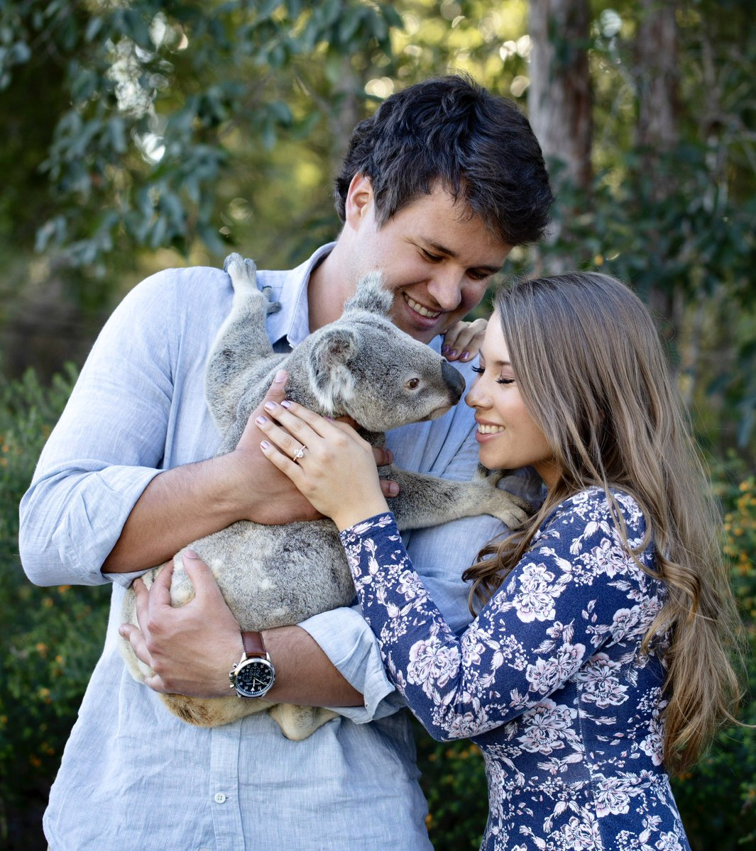 Australia Zoo On Twitter They Re Engaged Crikey Chandler Proposed On Beautiful Bindi S Birthday Right Here At Australiazoo Such A Wonderful Time For Our Entire Australia Zoo Family We Love Them Both So
