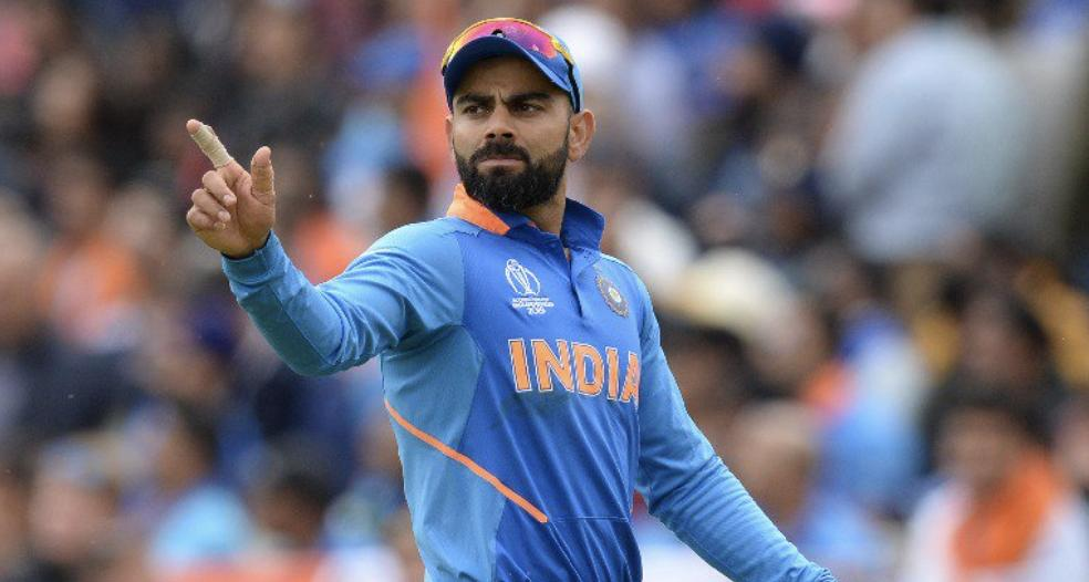 Cricket : India skipper Virat Kohli has retained his number one position in the latest #ICCRules Test batsmen's rankings. Kohli, who last featured in India's 2-1 Test series win over Australia, is sitting on 922 points.  2nd - Kane Williamson (913)  3rd - Cheteshwar Pujara (881) <br>http://pic.twitter.com/jLrtjfdx6j