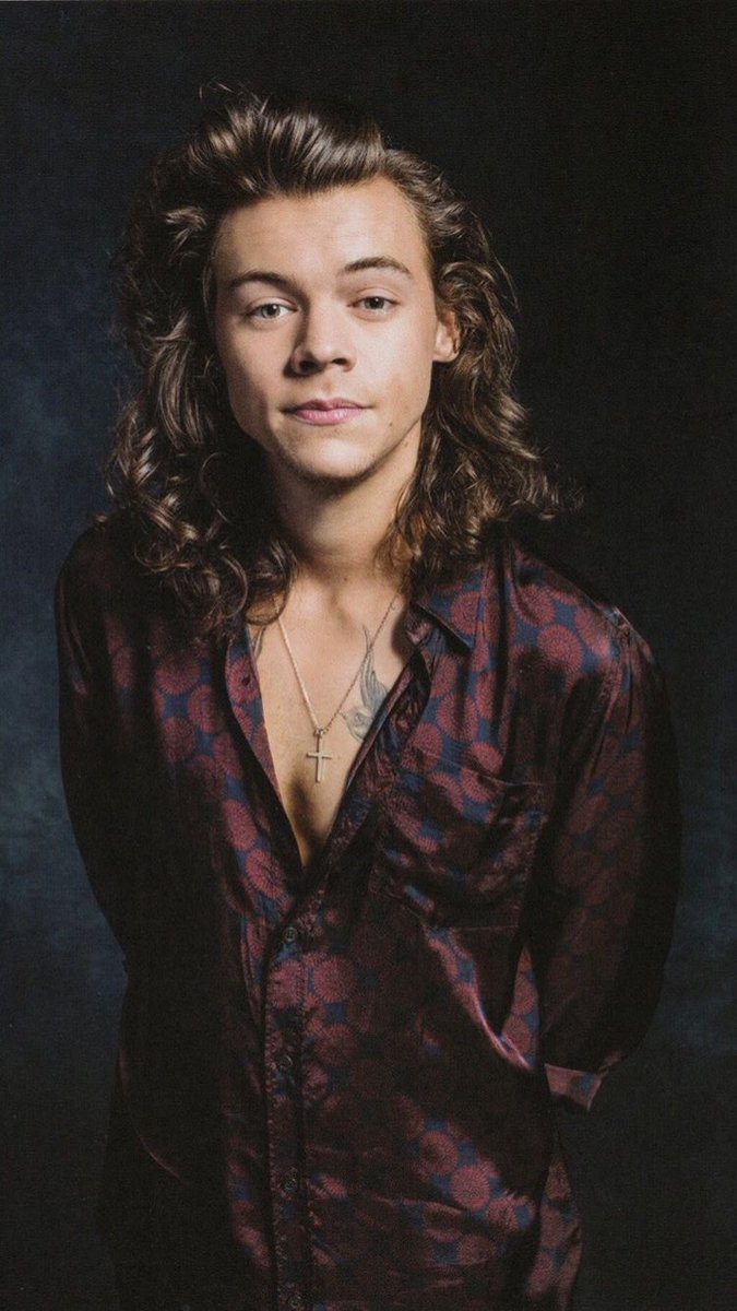 @Harry_Styles   Loving too much, Always keeps me alive mind and soul  and then Loving too much, slowly kills me ..  #missingharry  #HarryStyles  #harryismissing  #harrystyles1d #OneDirection  #treatpeoplewithkindness  #treatharrywithkindnesspic.twitter.com/1O8jFEaydl