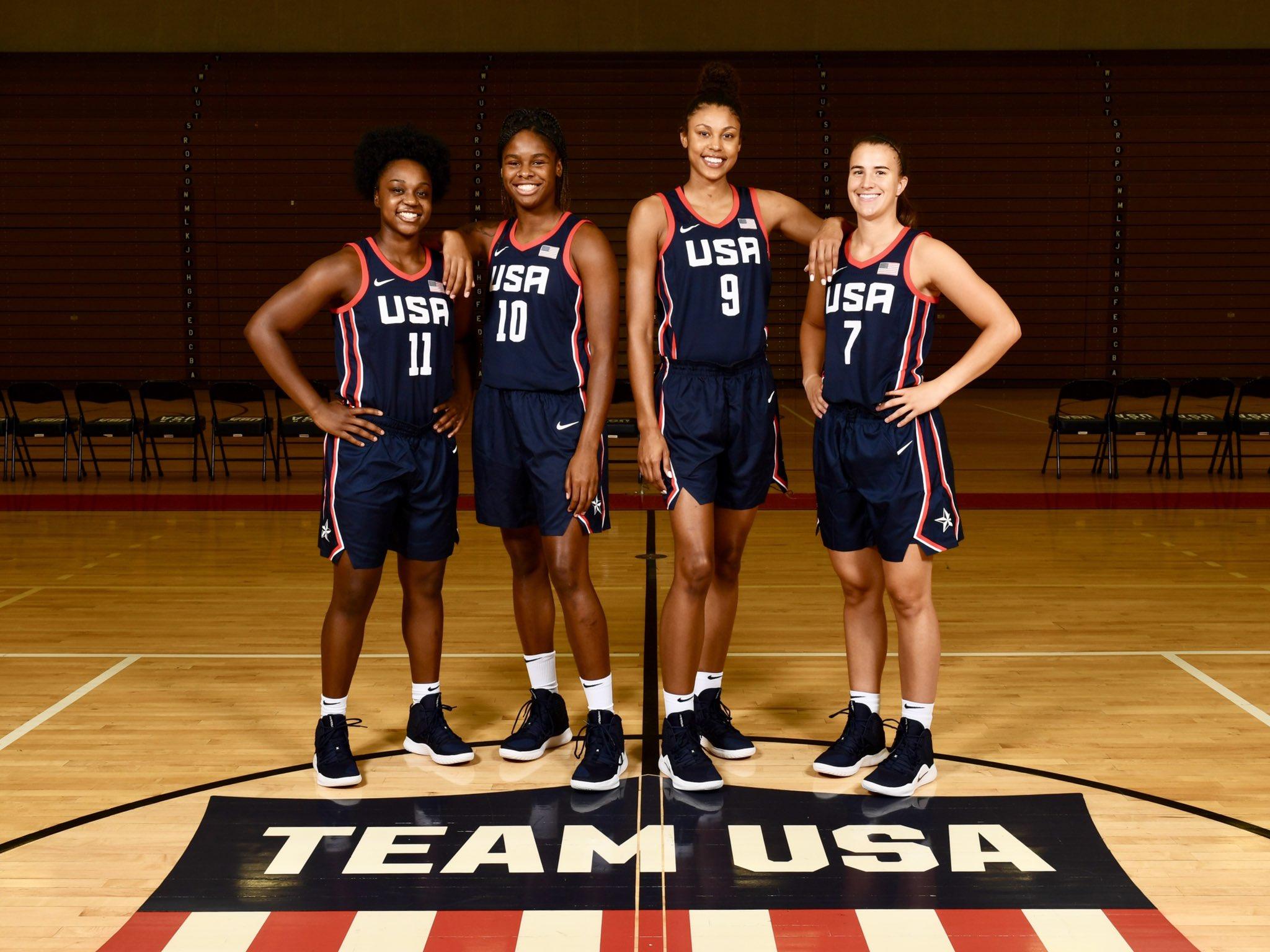Connecticut Huskies NCAA Basketball: Hey @OregonWBB - did we just become best friends?  #BleedBlue x #USA3x3.  Tweet by @UCo...
